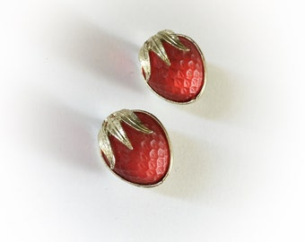 Vintage Raspberry Clip On Earrings
