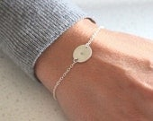 Silver Initial Disc bracelet - delicate personalised jewelry - customised bracelet