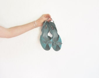 teal suede peep toe heels . retro bow tie slingbacks . classic bombshell .size 9