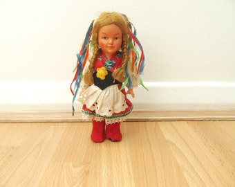 Vintage Doll In Traditional Dress Trachtenpuppe Figurine International Shipping