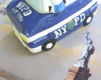 New York City Police Department Salt and Pepper Shakers, New York , Souvenir, Collectable, Ceramic, by mailordervintage on etsy