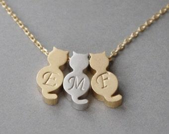 Three 3 Cat Necklace/Cat Jewelry/Initial Cat Necklace/Personalized 3 Cats/Gold Cat Initial Necklace/Silver Cat Initial Necklace/Pets Jewelry