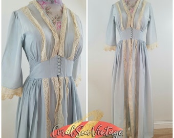 40s Peignoir Dressing Gown, Old Hollywood 1940s, Glamorous Vintage 40s Robe, Fits Sizes Small to Medium, 40s Lingerie