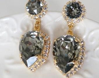 Charcoal Earrings,Chandelier Earrings,Swarovski Gray Statement Earrings,Grey Crystal Earring,Rhinestone Gray Bridal Earrings,Luxury Jewelry