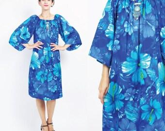 1970s Tropical Hawaiian Dress Blue Hawaiian Floral Dress Slouchy Loose Tunic Dress Short Bell Sleeves Dress Tiki Lounge Tent Dress (M/L)