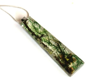 Nature resin necklace. Terrarium necklace. Botanical jewelry. Real Moss jewelry. Real Moss necklace. Resin necklace. Eco jewelry. Nacklace
