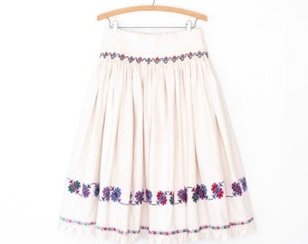 Vintage Folk Skirt * Floral Embroidered Dirndl Skirt * Ethnic Kroj Apron Skirt Set * Large