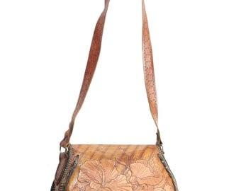 Vintage 70s Tooled Leather Purse Hibiscus Floral Hippie Boho Handbag Shoulder Bag 1970s Festival Bohemian Brown