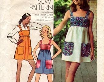 1970s Womens Sundress - Vintage Pattern Simplicity 5511 - Bust 36 UNCUT FF