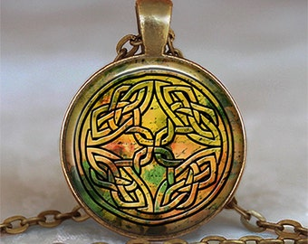 Autumn Celtic Knot necklace, Celtic necklace, Autumn colors, Celtic Knot jewelry Celtic jewelry Celtic jewellery key chain key fob