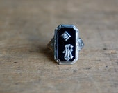 Art Deco 18K onyx gothic initial ring with mine cut diamond ∙ gothic letter K Art Deco ring