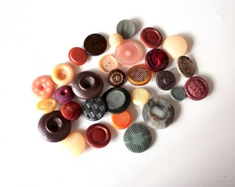 30 Vintage Buttons // Mixed Lot // 40s 50s 60s //  New Old Stock Buttons // Assorted Sample Pack // Destash  // BD201