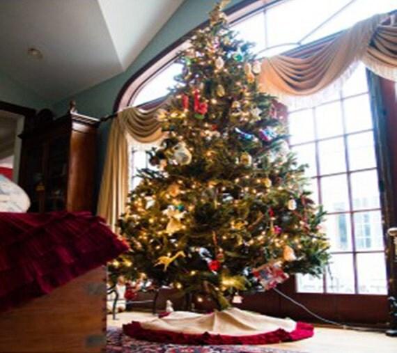 Burlap And Red Christmas Tree: Burlap And Red Velvet Christmas Tree Skirt