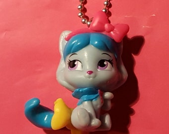 Disney Princess Palace Pets Honeycake Cat miniature necklace