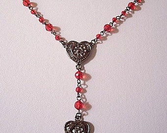 Heart Pendant Red Bead Choker Necklace Silver Tone Vintage Clear Faceted Lucite Beads Round Chain Links Lobster Claw