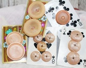 Lot of Vintage Peach Pink Buttons, Retro Buttons - B12
