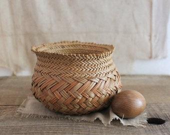 Vintage decorative woven basket planter, small woven basket