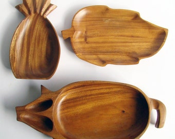 Wooden Serving Platters, Teak Style Dishes, Wood Pineapple Dish, Pig Platter, Leaf Tray, Party Trays, Monkey Pod, 1970s Retro, Wooden Bowls
