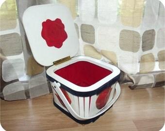 Vintage 60s Purse   1960s Basket Purse   Decoupage Roses Purse   Hard Sided   Wood Box Handbag   Red White Blue