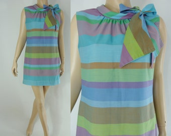Vintage Sixties Dress - 1960s Striped Mini Dress - 60s Mod Shift Dress - XL Plus Size Mod Dress