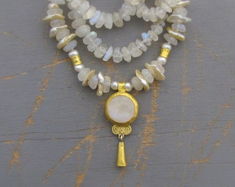Moonstone & Gold Necklace - 24k Gold Bridal Necklace - Rainbow Moonstone Wedding Necklace