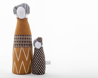 Mother & daughter Valentine gift, Soft sculpture family dolls -dressed in geometric rusty brown , Nursery decor ,Eco fabric handmade dolls