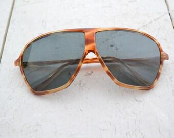 1970s Solmar Tortoiseshell Aviator Sunglasses