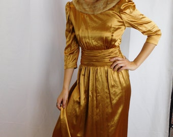 Vacation Sale Shipping Resumes 8/8 1940's Old Hollywood Glam Metallic Gold Gown With Mink Collar Maxi Dress With V Cut Back