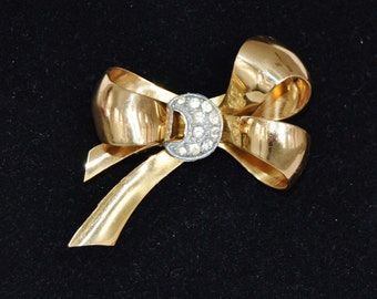 Vintage Gold Metal Bow Brooch with Silver Rhinestone Crescent Moon