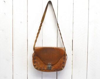 Tooled Leather Handbag 70s Vintage Honey Brown Tan Distressed Floral Motif