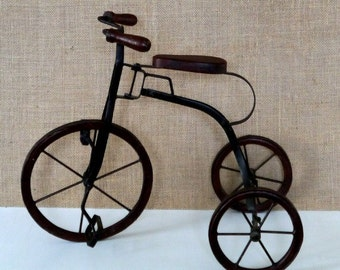 Vintage Metal Old-Fashioned Toy Tricycle, Home Decor