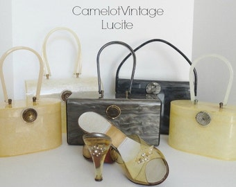 Vintage Handbags|VINTAGE WILARDY LUCITE Purse Handbag |Wilardy Lucite Handbag Box Purse| Wilardy Top Handle Purse|Camelot Vintage Look Book