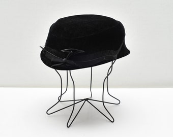 1950's Woman's Black Hat with Black Feathers