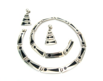 Modernist Taxco Jewelry. Necklace Earrings Set. Black Enamel, Sterling Silver. Abstract. Victor Jaimez. Vintage 1950s Mexican. 1.74 oz