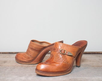 9 M | Women's Honey Brown High Heel Western Style Clogs by Kinney Shoes