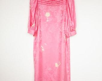 Flora Kung Silk Dress / 1920s Art Deco Revival Dress / Shift / Column / Pleated / Puff Sleeve / Pink Rose / 1930s Dress / Size S / Size M