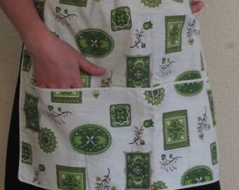 Retro 50s Half Apron MCM White Cotton Green Floral Print Big Pocket