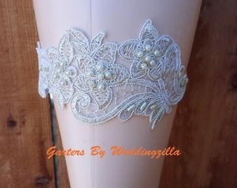 Silver Wedding Garter set/  Silver Lace Bridal Garter Set /HAND BEADED Wedding GARTER Belt/ White Lace Garter / Bombshell Garter