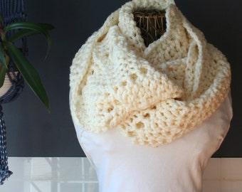 Crochet Chevron Infinity Scarf,Knit Inifinity Scarf,Cowl Scarf,Chunky Knit,Oversized Scarf,Neck Wrap,Ripple Scarf,Mens Scarf,Womens Scarf