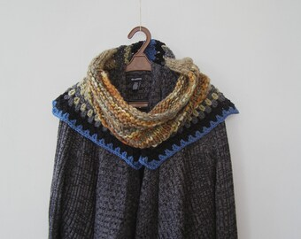 Woman Woodland Capelet, Soft Marino Knit Large Chunky Cowl, Knitted Wrap Scarf, Outlander Shawl, Patchwork Shawl, Colorful Shoulder Wrap