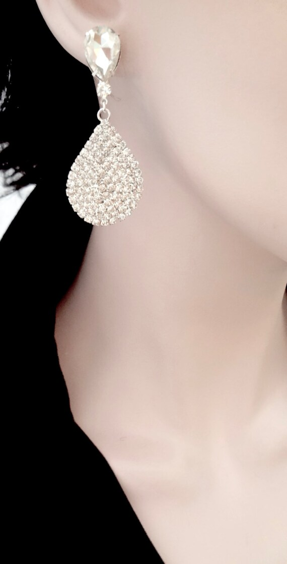 Crystal rhinestone teardrop earrings - Luminous - Large - Teardrops - Wedding earrings ~ Statement earrings - Brides earrings -