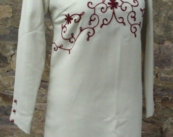 PALE GRAY MINI shift dress crewel embroidery 60's 70's mod xs