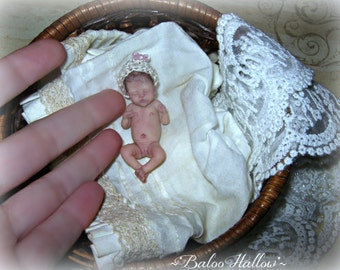 Lifelike Miniature 1/12 scale OOAK baby Girl ORIGINAL Art Doll/ Realistic Hand-Sculpted Dollhouse Newborn / by BaLoO HaLLoW