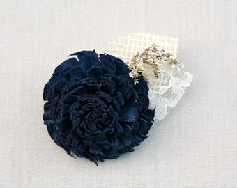 Navy Blue Wedding Boutonniere // Groom, Groomsmen, Sola Wood, Burlap Leaf, Lace Leaf, Dried Flowers, Flower, Weddings, Buttonhole, Corsage