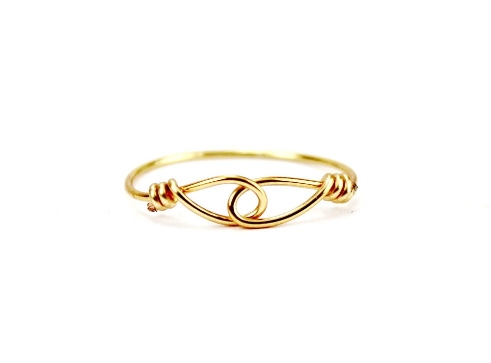 Hold Hands Ring