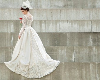 Vintage 1950s illusion lace wedding dress, long sleeves, train, ivory white S
