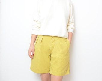 Vintage LEVIS yellow high waist women 90s bermuda shorts