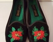 CHRISTMAS IN JULY // 80's Holiday Edition Poinssettia Ballet Flats Shoes Velvet Flower Smoking Slippers Size 7.5 Black 90's