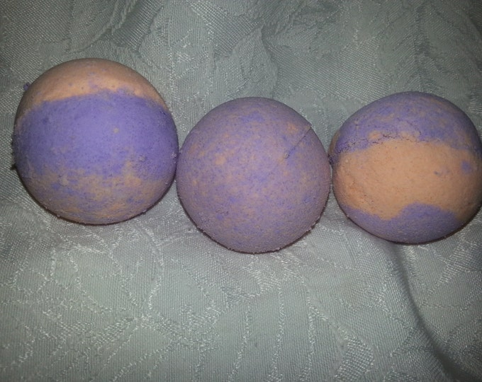 Luscious Ginger scented small bath bomb, purple and orange , gift, wedding,  Christmas,  birthday,  spa relaxation gift, bubbling