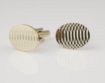 1980s Oval Engine Cut Cuff Links Gold Tone Metal Cufflinks